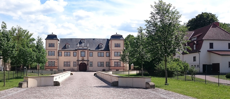 Schlosshof Schloss Molsdorf
