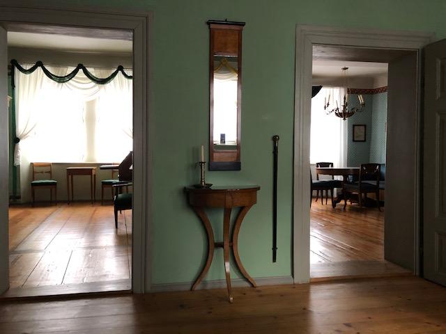 Blick vom Vorraum in die Wohnräume